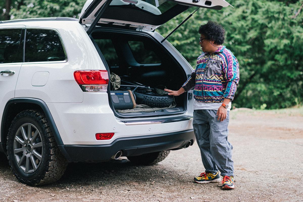 20200915_qetic-jeep-0060 【Jeepモデル別・積載企画】Jeep Grand Cherokeeに合うギア&積み方のポイントを人気スタイリスト・平健一がレクチャー!
