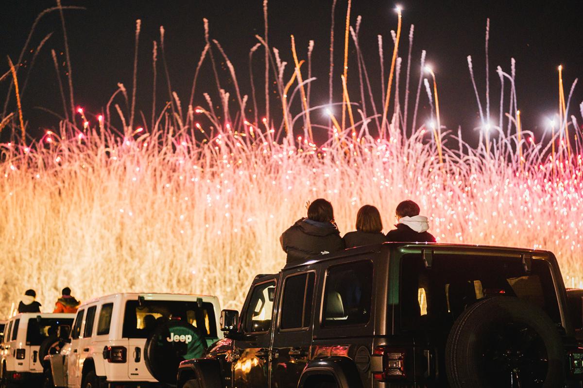 20201031_qetic-jeep-0056 Jeep HANABI 2020【関東・関西・東海】レポート!オーナーとの絆を乗せて夜空に打ち上がった7スロット花火