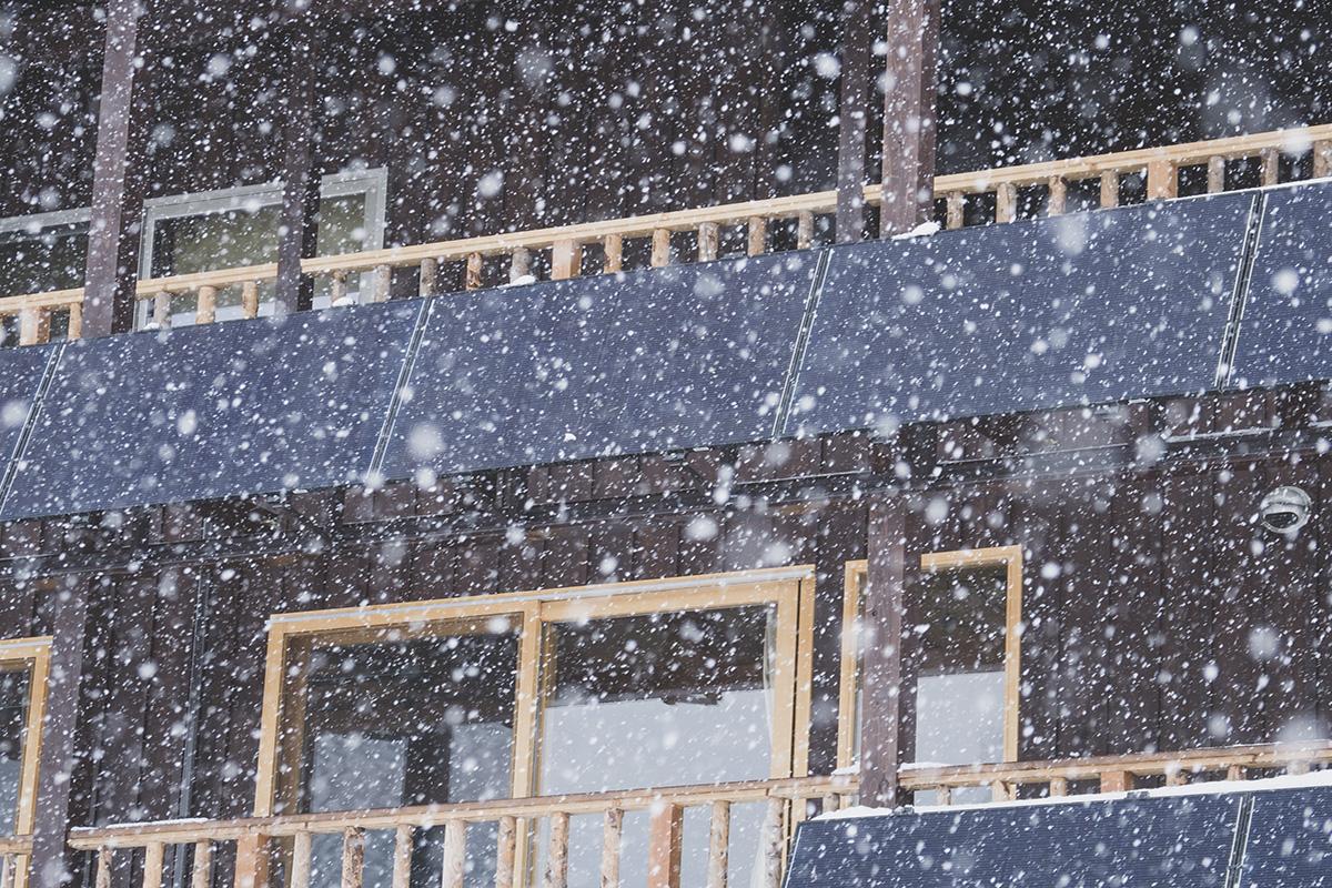 06_PC150598 太陽の光とともにある、サスティナブルな雪国の暮らし