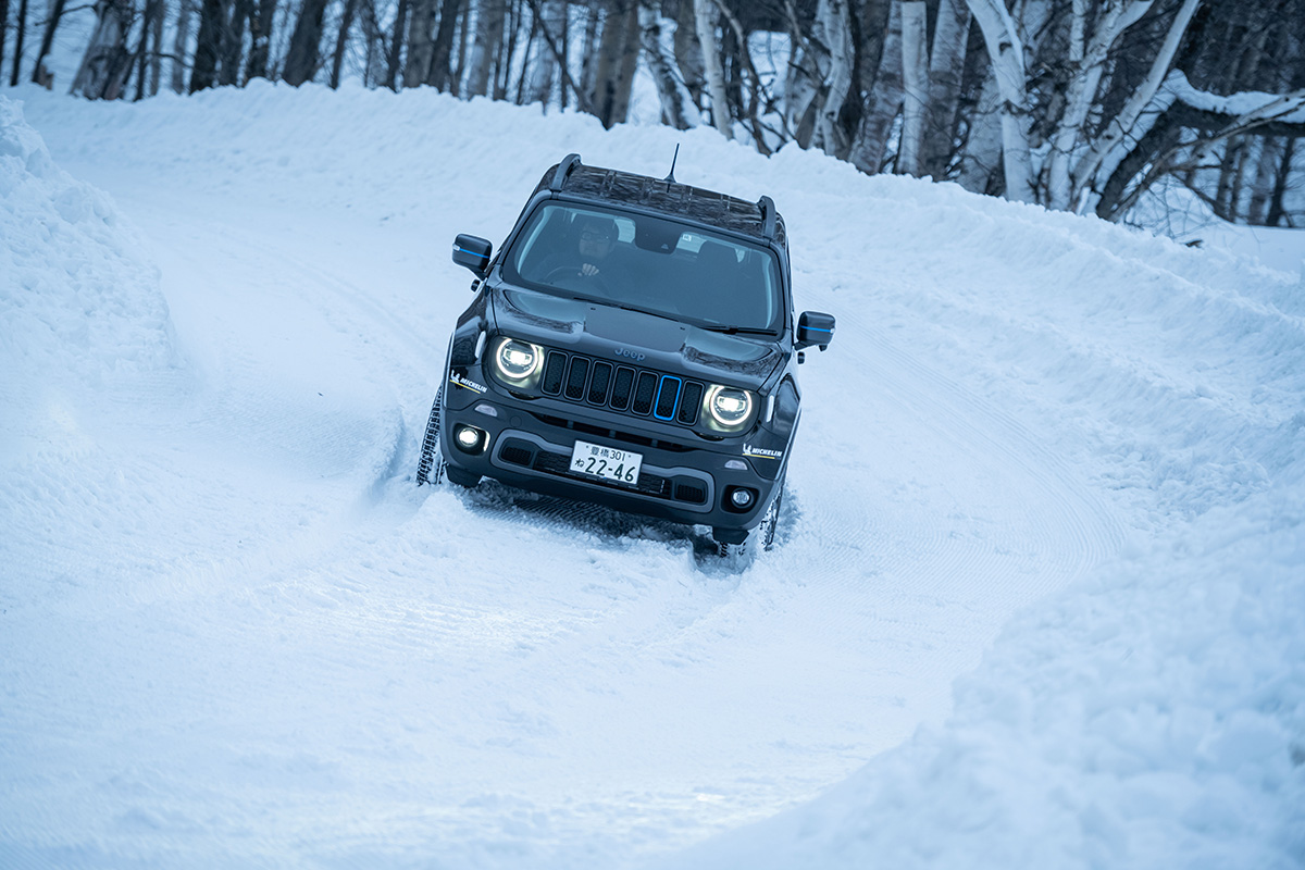 "DSC5171 【Jeep×星野リゾート】話題の""4xe""をはじめとする最新のJeepが雪上で実力を見せつけた、""トマム雪上試乗会""リポート"