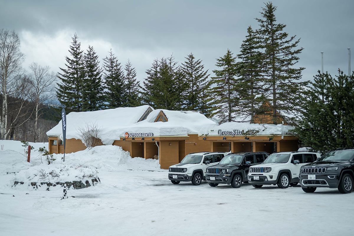 "DSC5613 【Jeep×星野リゾート】話題の""4xe""をはじめとする最新のJeepが雪上で実力を見せつけた、""トマム雪上試乗会""リポート"