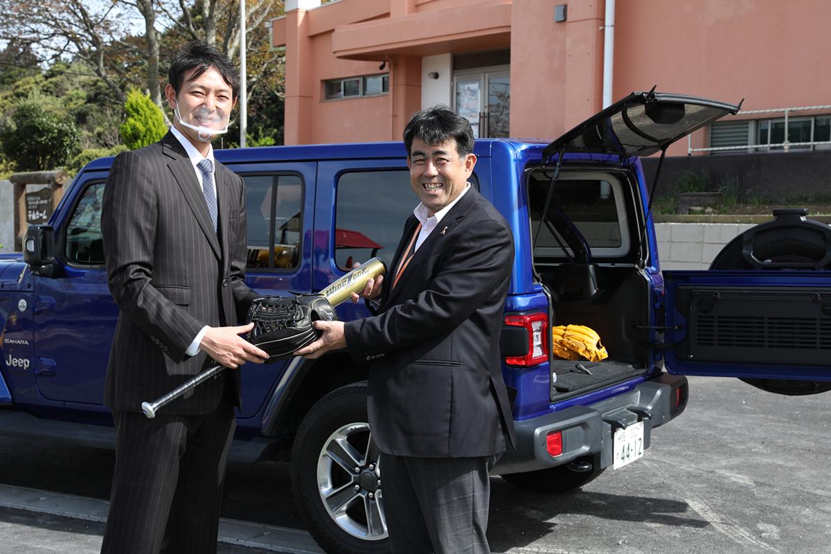 MicrosoftTeams-image-21 子どもたちに野球用具を贈りたい!Jeepが展開するクラウドファンディング『Share your heart』の活動に元メジャーリーガー・岩隈久志さんがエールを送る!
