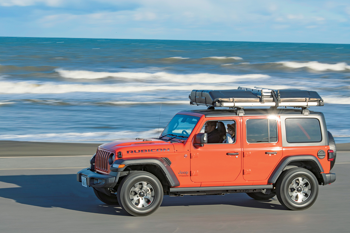 realstyle20200401_01 【Easy Camping with Jeep Wrangler】ルーフトップテントを載せ、向かうは海辺のキャンプ場