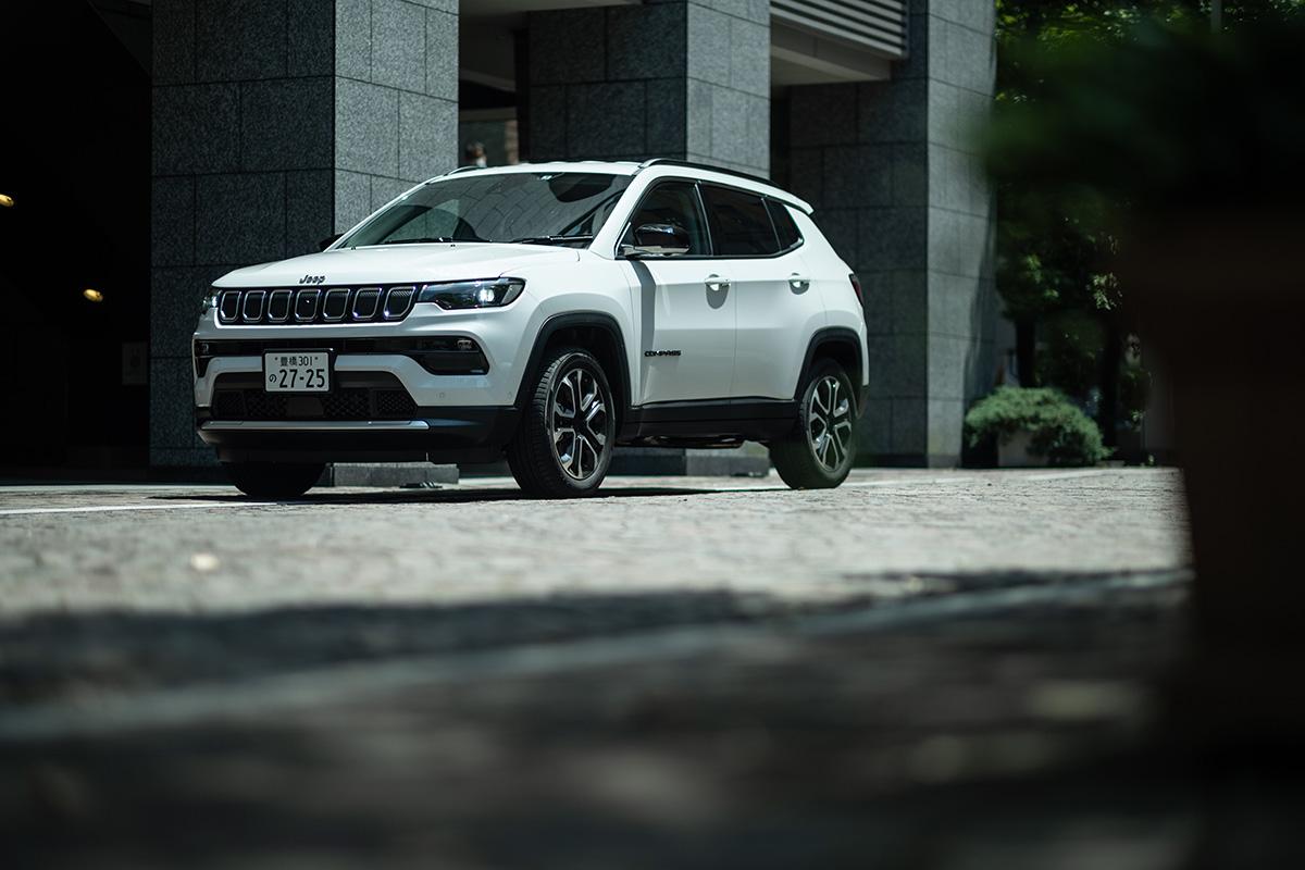 1 インテリアデザインを刷新した新型Jeep Compassに試乗! 〜モダンで居心地のいいインテリアに囲まれて、オールマイティに使える魅力がさらに増した〜
