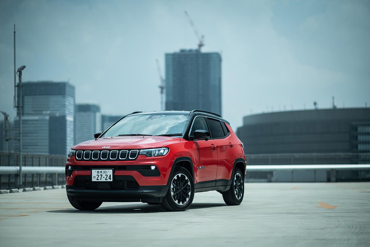 2 インテリアデザインを刷新した新型Jeep Compassに試乗! 〜モダンで居心地のいいインテリアに囲まれて、オールマイティに使える魅力がさらに増した〜