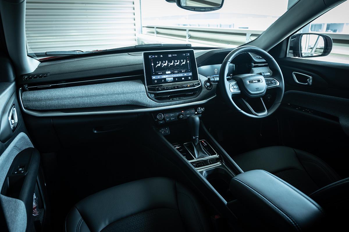 9 インテリアデザインを刷新した新型Jeep Compassに試乗! 〜モダンで居心地のいいインテリアに囲まれて、オールマイティに使える魅力がさらに増した〜